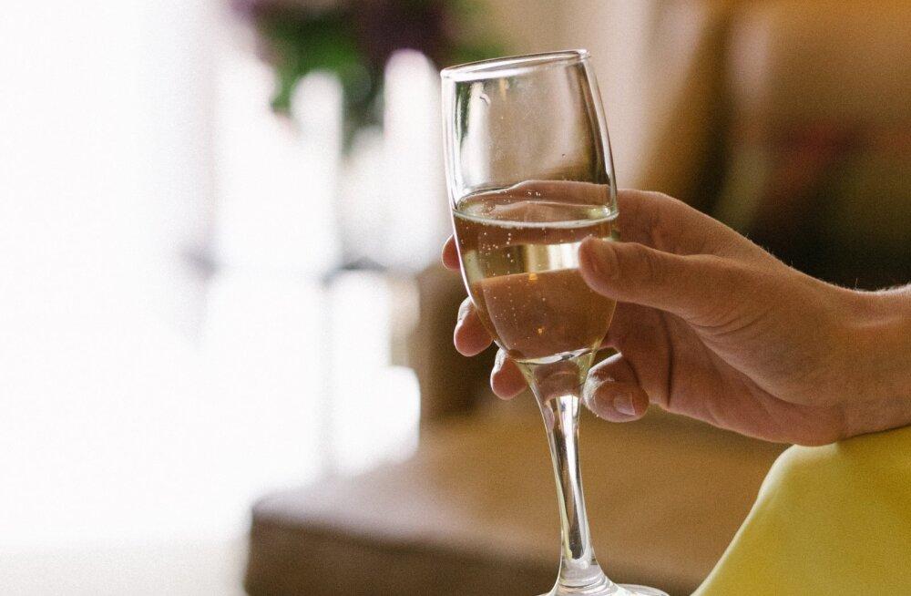 Pädaste mõisa peakoka nipid, mida šampanja nautimisel meeles pidada