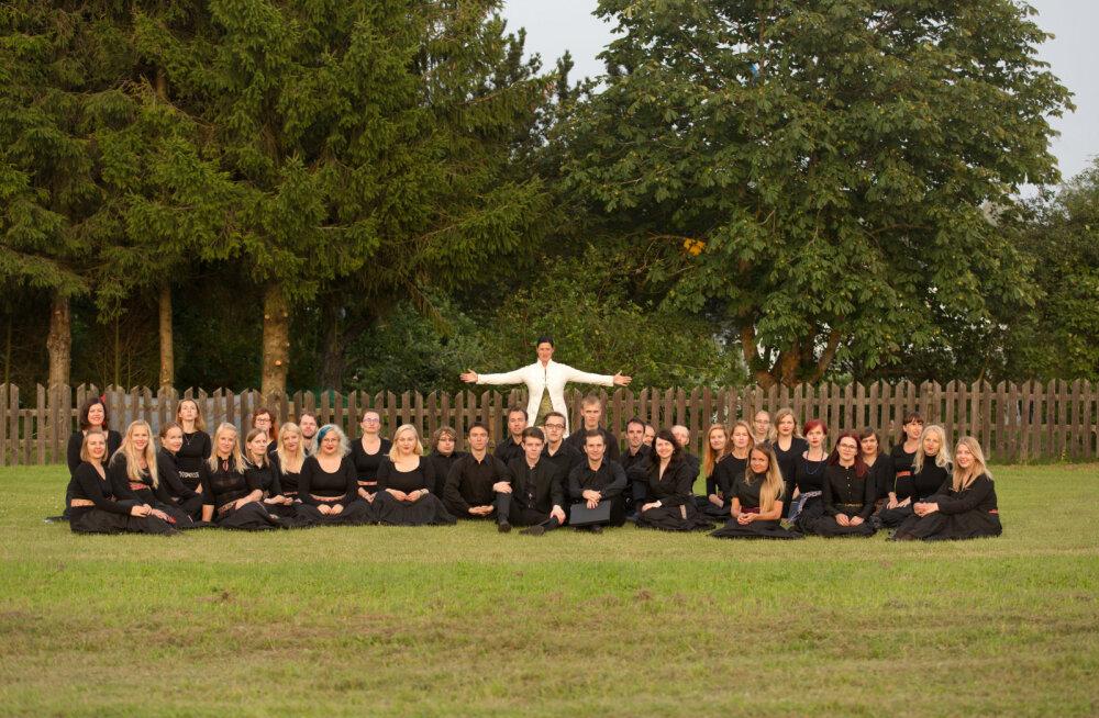 Noorte Segakoor Vox Populi on koor, kes on tuntust kogunud just erinevate lavastuste kaudu