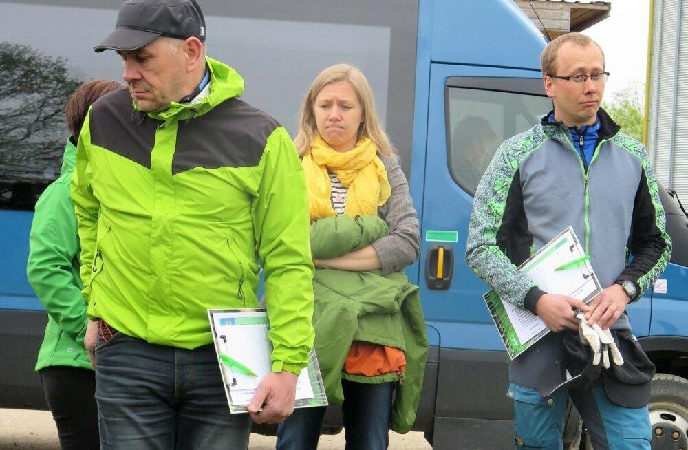 Taliodrahuvilised kogunesid Lõuna-Eesti põllumehe Erik Paalmani (paremal) juurde õppepäevale.