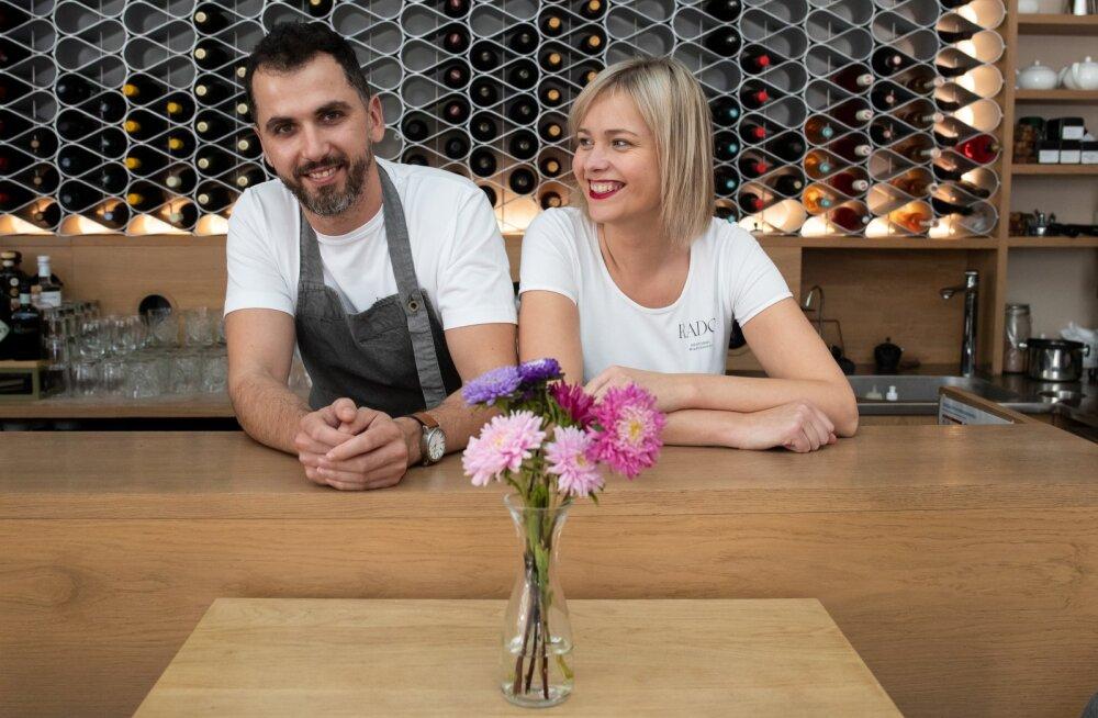 Restorani Rado omanikud Radoslav Mitro ja Triinu Tapper peavad edu põhjuseks oma enese lugu.