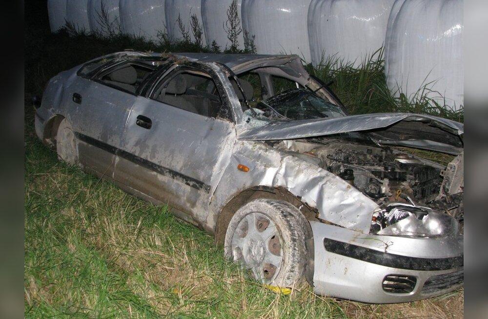 Auto peale traagilist avariid