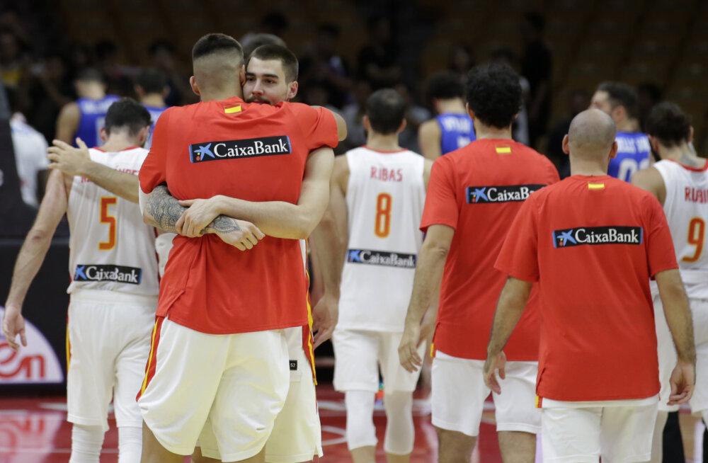 Täiseduga jätkav Hispaania kindlustas pääsu veerandfinaali, Venemaa ja Itaalia kaheksa hulka ei mahtunud