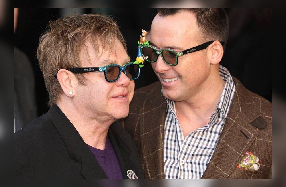 Elton John: lapsed on parim, mis minu elu on andnud