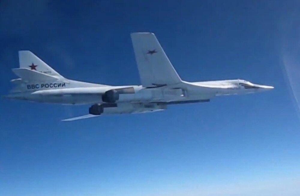 Briti hävitajad saatsid Põhjamere kohal Vene pommitajaid Tu-160