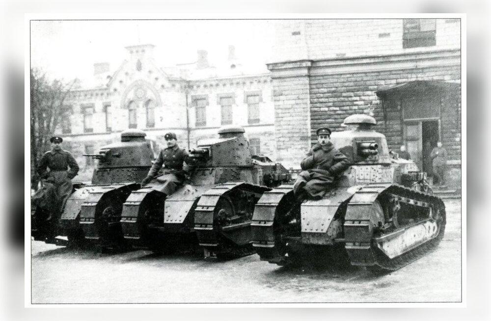 """Katkend raamatust """"Eesti tankid. Tankid Eestis 1919-2019"""": Eesti tankid ja tankistid 1. detsembri riigipöördekatse ajal"""