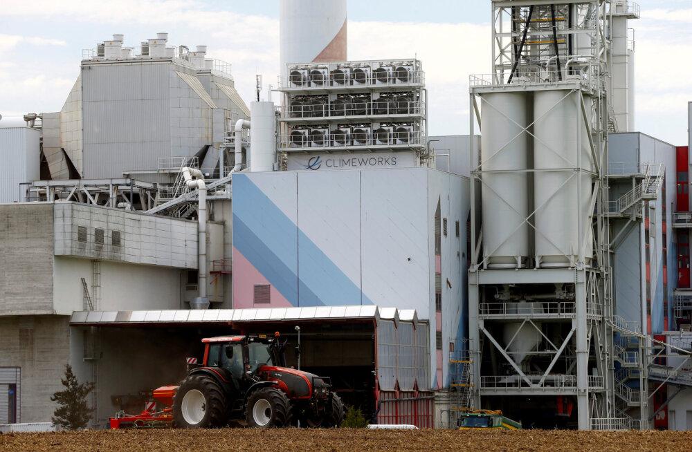 Šveitsis alustas tööd esimene tehas maailmas, mis imeb atmosfäärist süsihappegaasi
