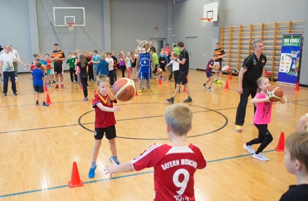 """Projekt """"100 kooli"""" Tallinna 21. Koolis"""