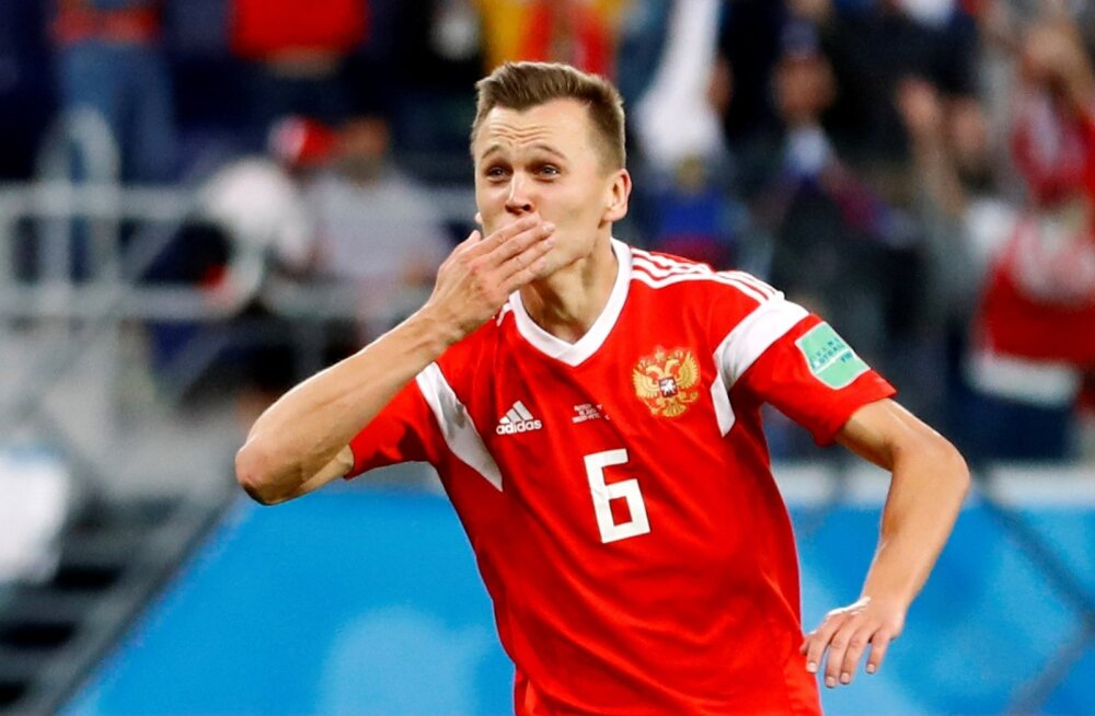 Deniss Tšerõšev Venemaa koondise särgis.