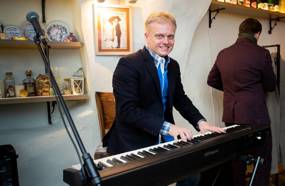 Imre Sooäär on muuhulgas ka laulukirjutaja.