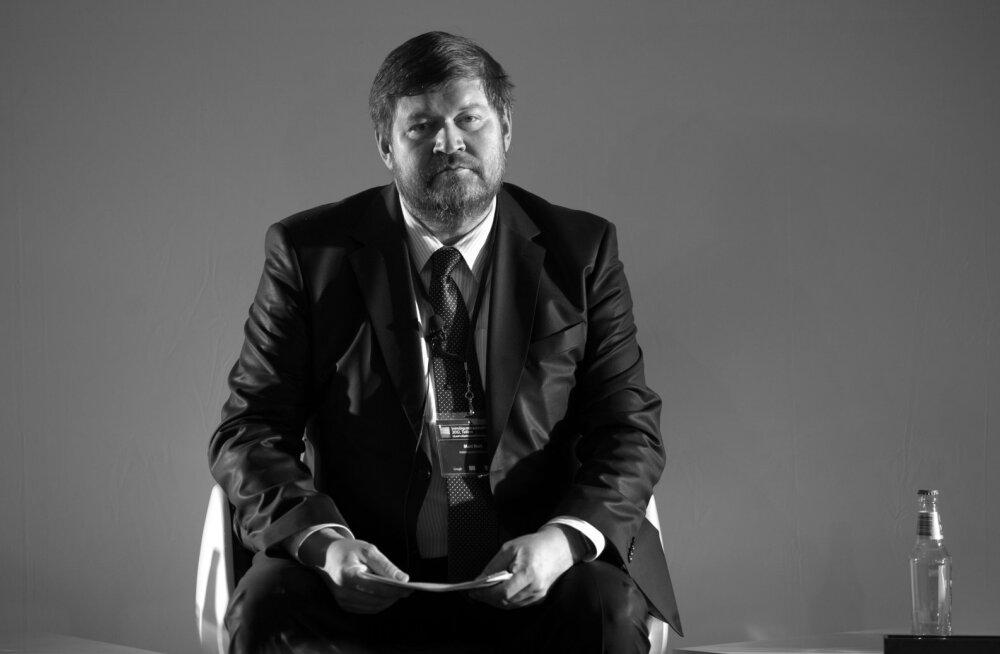 Suri poliitik ja ajaloolane Mart Nutt