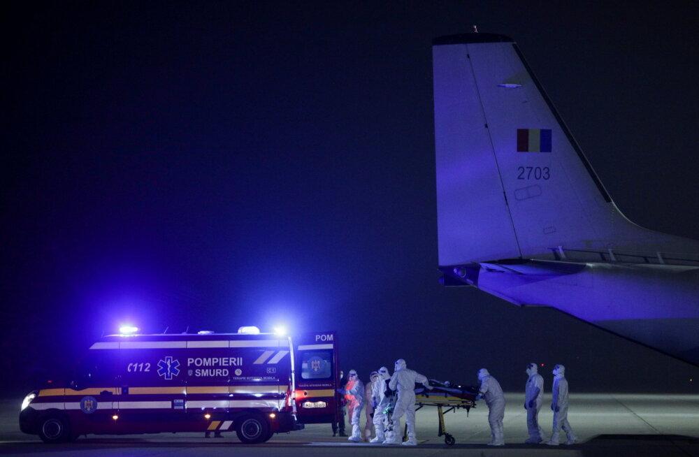 Rumeenia haiglapõlengus koroonapatsiente päästa püüdes põletada saanud kangelasarst viidi Belgiasse ravile