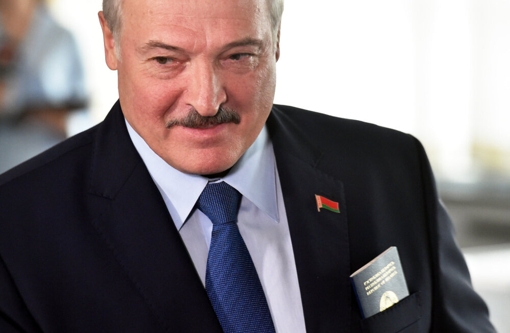Valgevene riigipea Lukašenka käis meedia teatel vanglas oponentidel külas