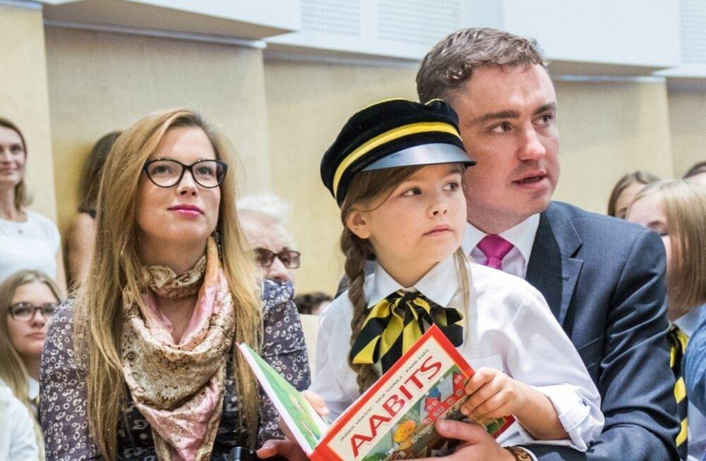Peaministri tütar läks esimesse klassi