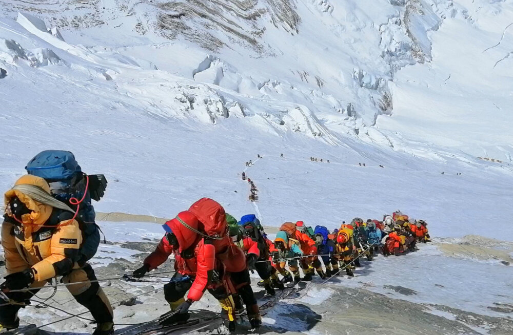 Смертельный сезон: четыре причины, почему на Эвересте так часто стали гибнуть альпинисты