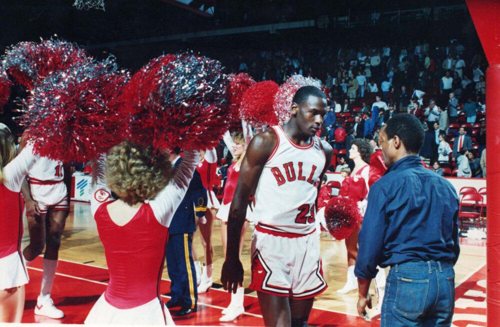 Jordani-hullusel pole piire: aegade parima korvpalluri esimese mängu pilet müüdi krõbeda hinna eest
