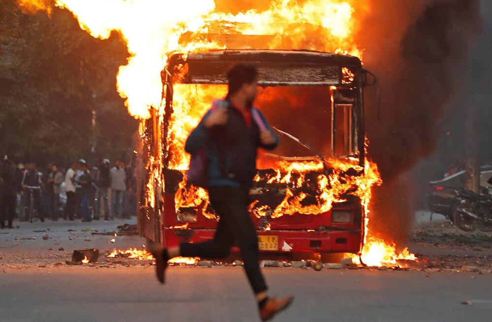 Indias toimuvad mitmel pool meeleavaldused uue kodakondsusseaduse vastu