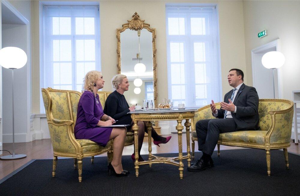 Jüri Ratas saab tihedal tööajal perega suheldud WhatsAppis