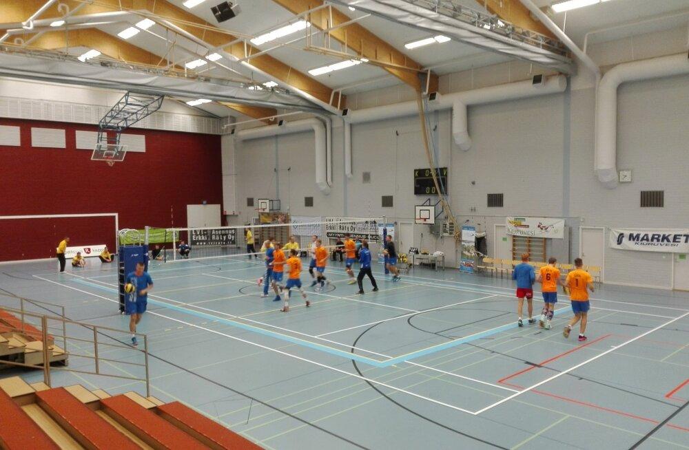 Pärnu ja Selveri võrkpalliklubid võtsid kontrollmängudes mõõtu põhjanaabritelt