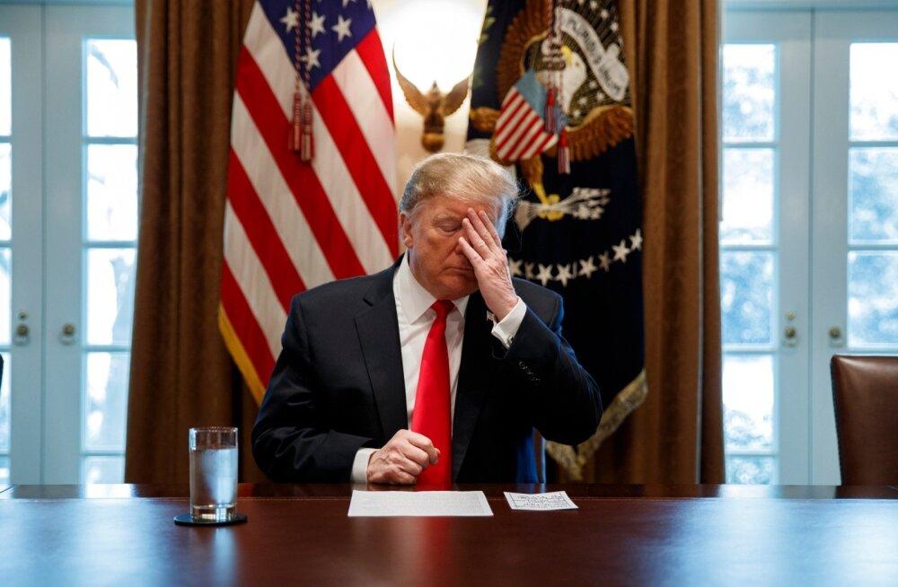 Lekkinud päevaplaanid: 50-60 protsenti Trumpi tööpäevast kulub telerivaatamisele, lehelugemisele ja helistamisele