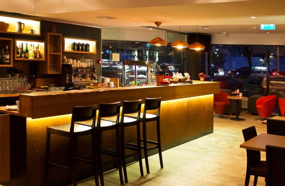 SUUR HOMMIKUSÖÖKIDE TEST, V osa: Shnelli hotelli Perrooni kohvik - imeodavalt söönuks