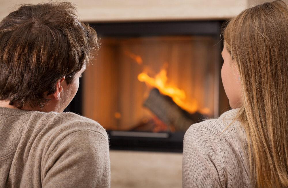 Kui te peate kodus distantsi hoidma, siis need on intiimsed tegevused, mis ei eelda kallima puudutamist