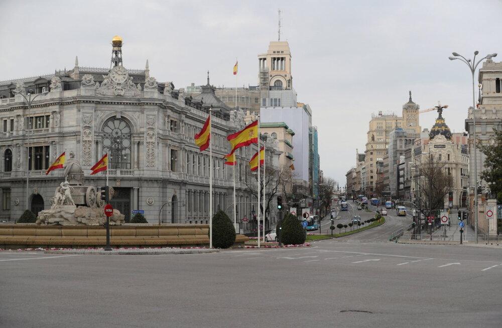 Hispaania karmistas veelgi liikumispiiranguid: kogu mittehädavajalik tegevus peatatakse