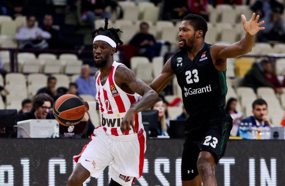 Olympiacose ja Darussafaka mäng