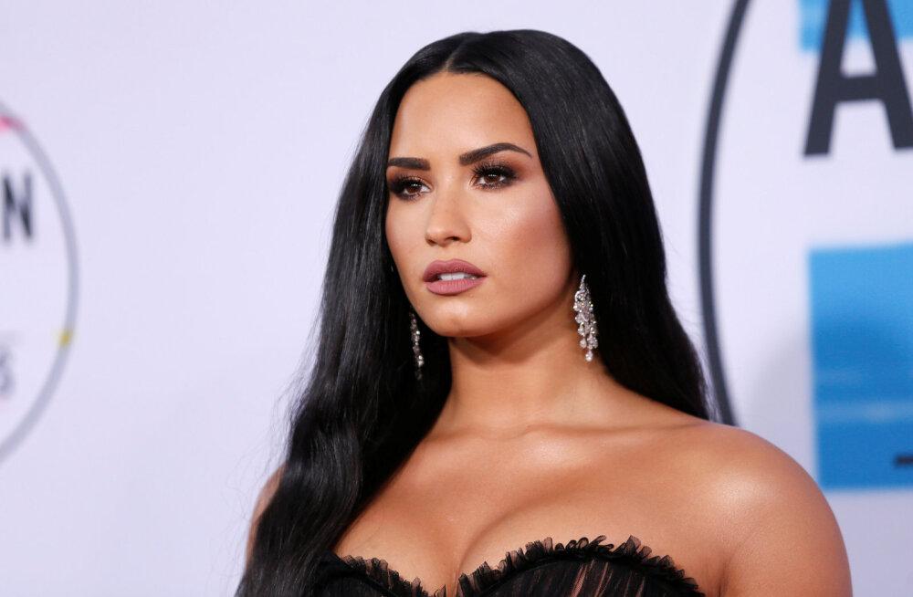 Olukord liigub paremuse poole: üledoosi teinud Demi Lovato otsustas võõrutusravile minna