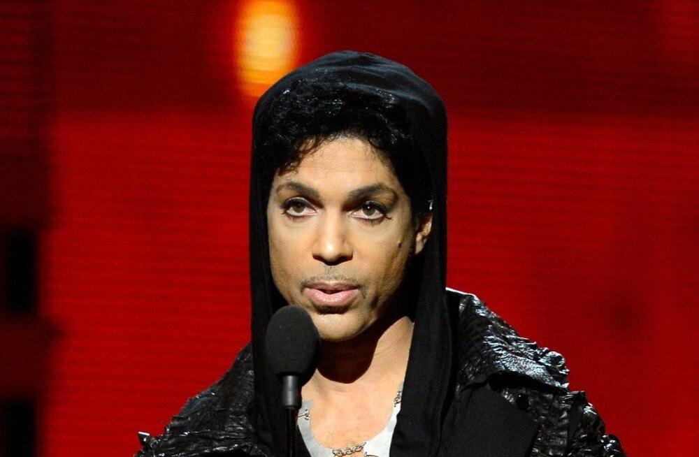 Põhjus viimaks ometi selge! Armastatud muusikalegend Prince suri fentanüüli üledoosi