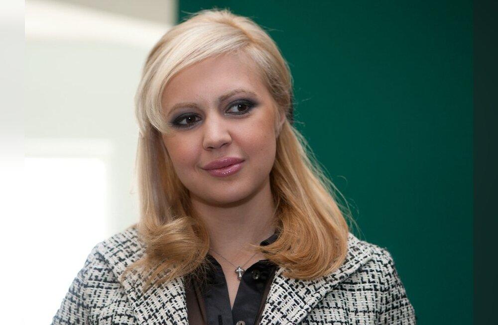 Anna-Maria Galojan kohtus