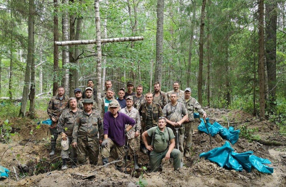 FOTOD | Novgorodi soost kaevati välja 171 Läti leegionäri säilmed