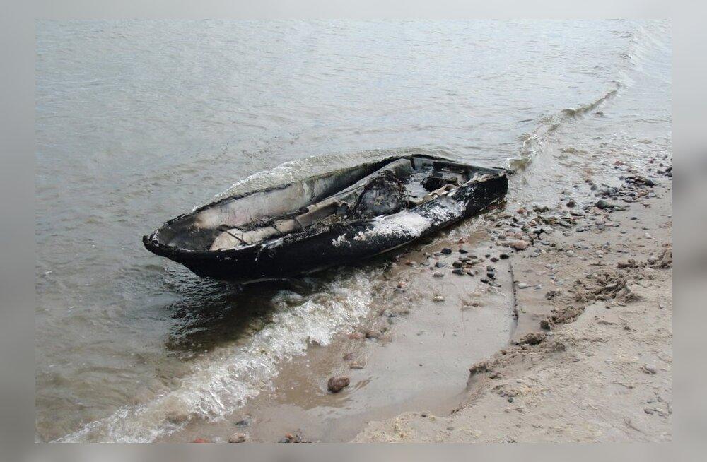 FOTOD: Aegna saare rannas plahvatas skuuter, noor mees sai vigastada