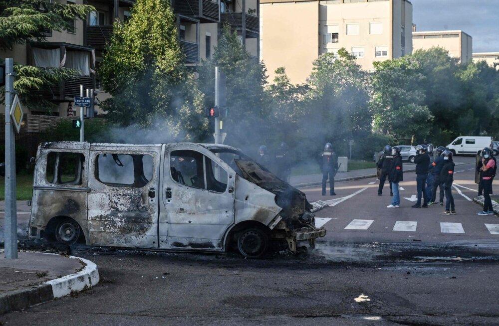 VIDEO | Uskumatud kaadrid: Prantsusmaal Dijonis käib konflikt tšetšeenide ja alžeerlaste vahel