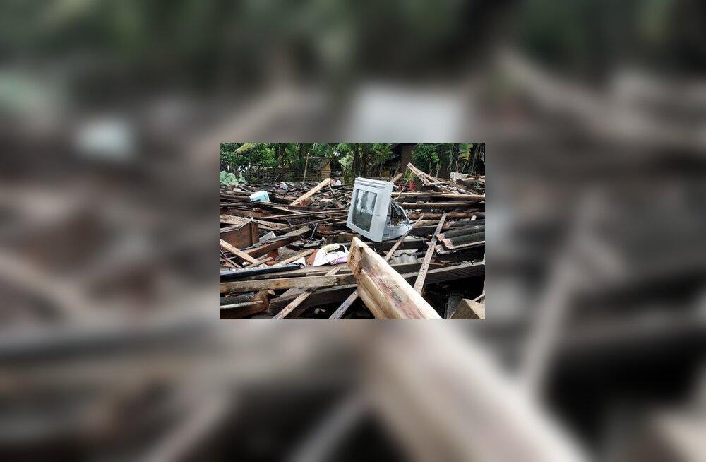 Indoneesia, maavärin, varemed, rusud, elamu, maja, Sumatra