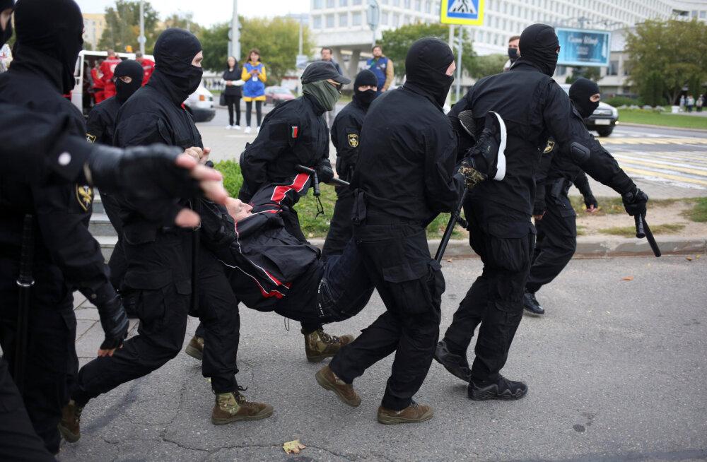 VIDEO | Minskis tuli Lukašenka vastu meelt avaldama mitukümmend tuhat inimest