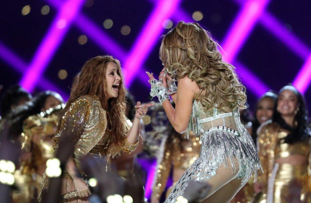 """Ladina """"tüdrukud"""" Shakira ja Jennifer Lopez Super Bowli poolajašõul pühapäeval"""