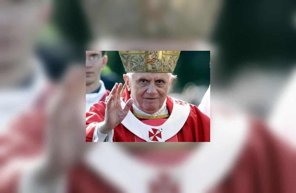 Paavst pidas missa ligi 200 000 inimesele
