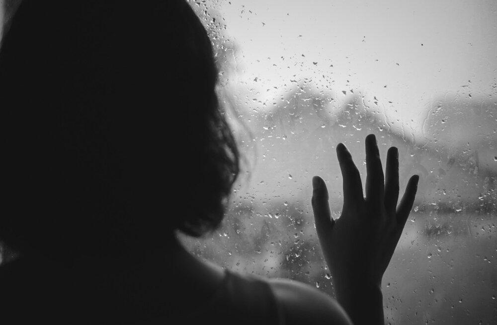 """""""Я часто вижу сон, в котором успеваю спасти ее"""". В Эстонии каждый год совершают суицид 200 человек, а близким остаются боль, слезы и гнев"""