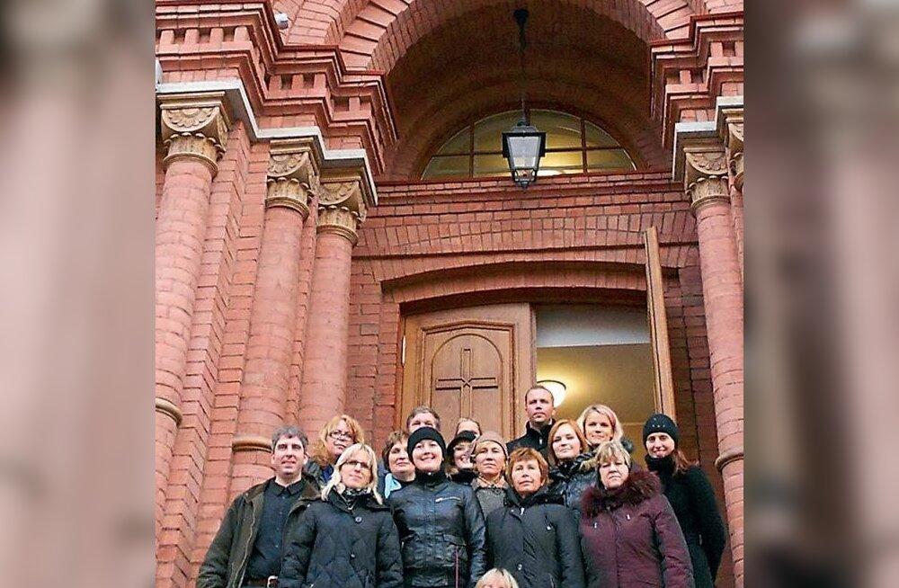 Rae kammerkoori uskumatud seiklused Venemaal ja Rootsis