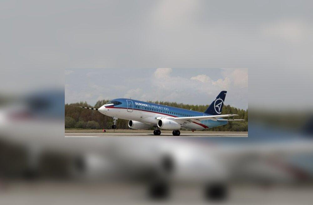 Uus Vene reisilennuk tegi esimese pika katselennu