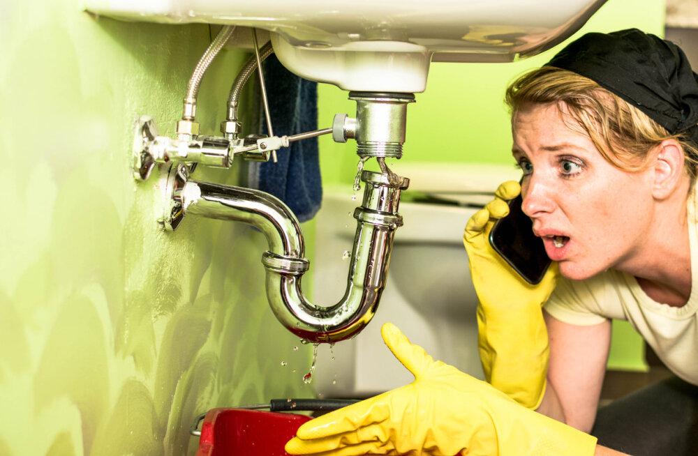 Mida teha, kui ühel päeval ei lähe enam isegi vesi kraanikausist alla või pesumasin haiseb?