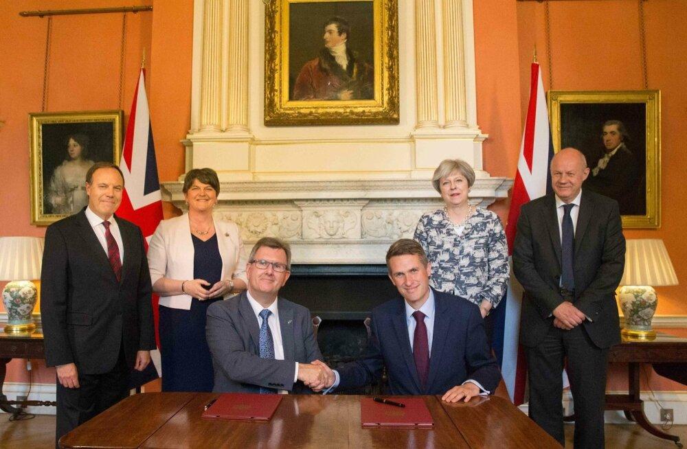 Briti konservatiivid sõlmisid Põhja-Iiri unionistidega kokkuleppe May valitsuse toetamiseks