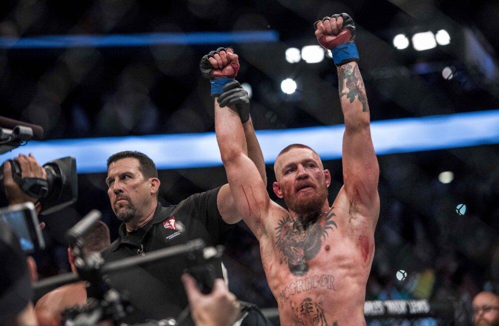 McGregori šansid tõusid: Mayweather nõustus poksima kergemate kinnastega