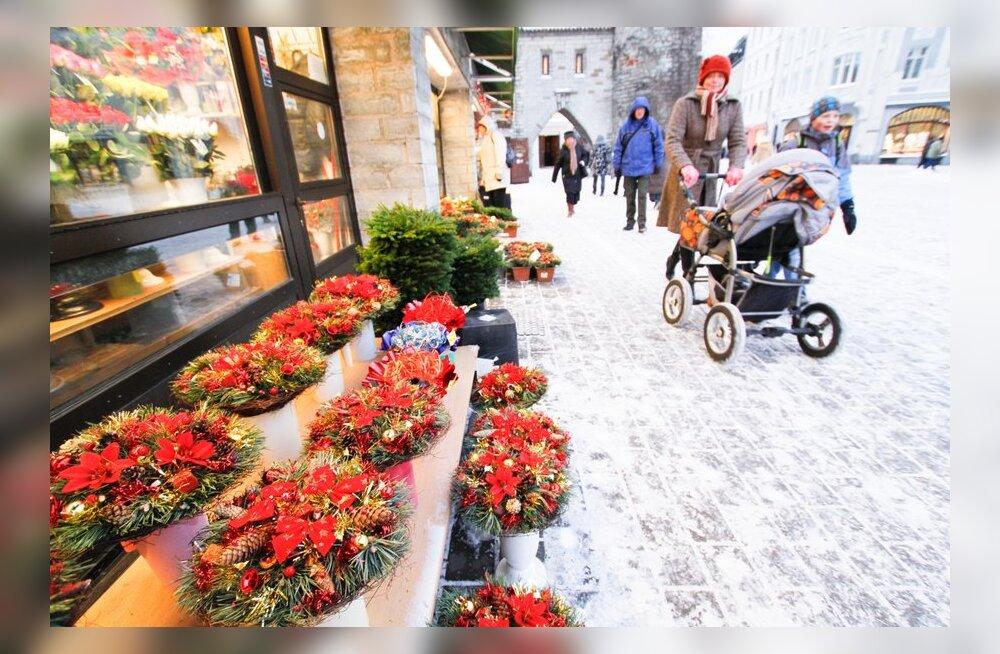 Tallinn sai Viru tänaval asuvad lillekioskid linna valdusse