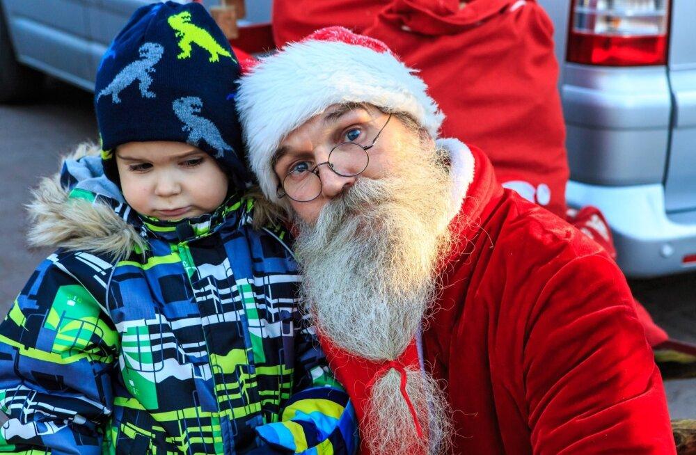 Jõuluvanad Pärnus