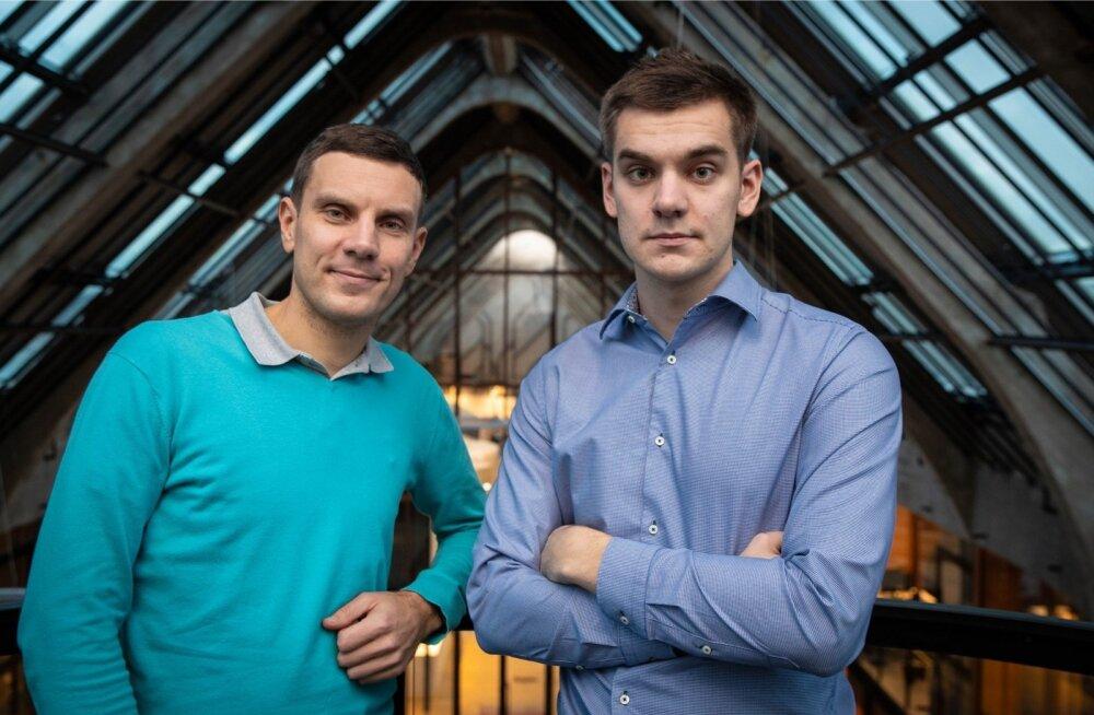 Vanusevahet on meil 15 aastat, aga meie koostööd see ei häiri, naeravad Martin (vasakul) ja Markus Villig.
