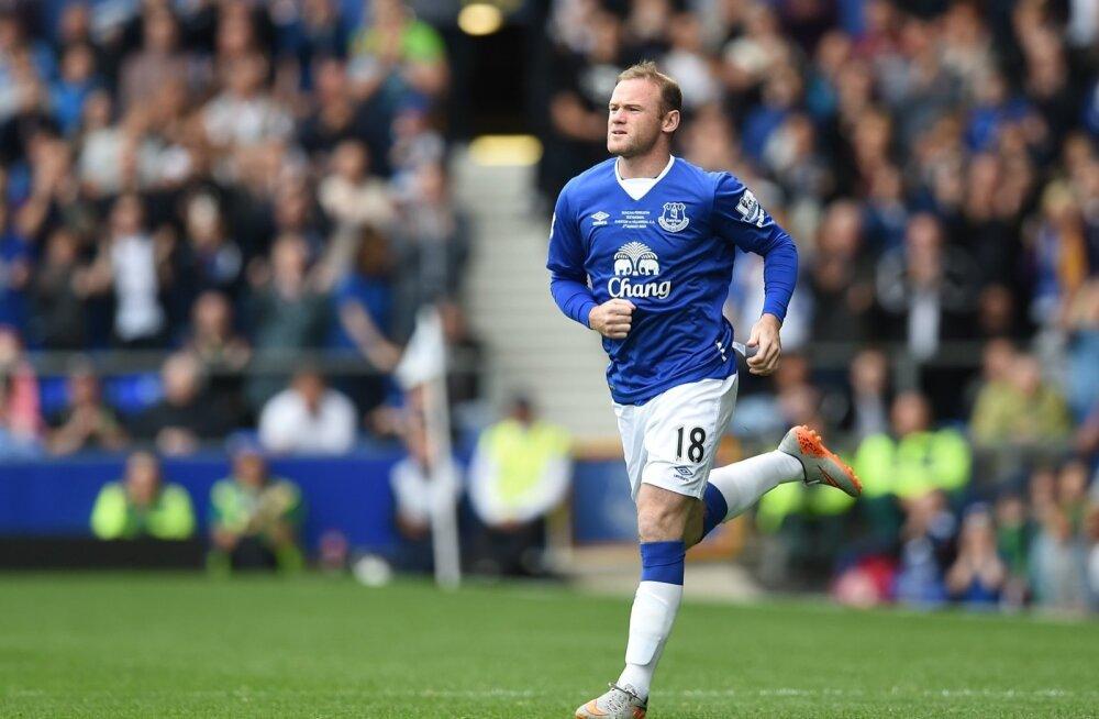 FOTOD ja VIDEO: Šokeeriv üleminek? Wayne Rooney tõmbas selga Evertoni särgi