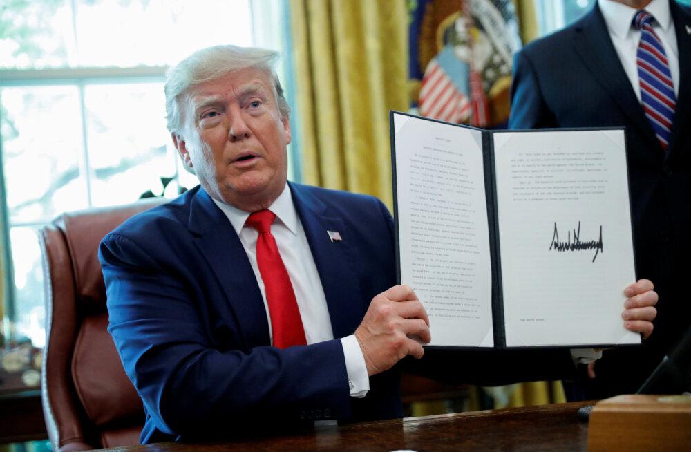 Trump kehtestas Iraani riigipea Khamenei vastu sanktsioonid