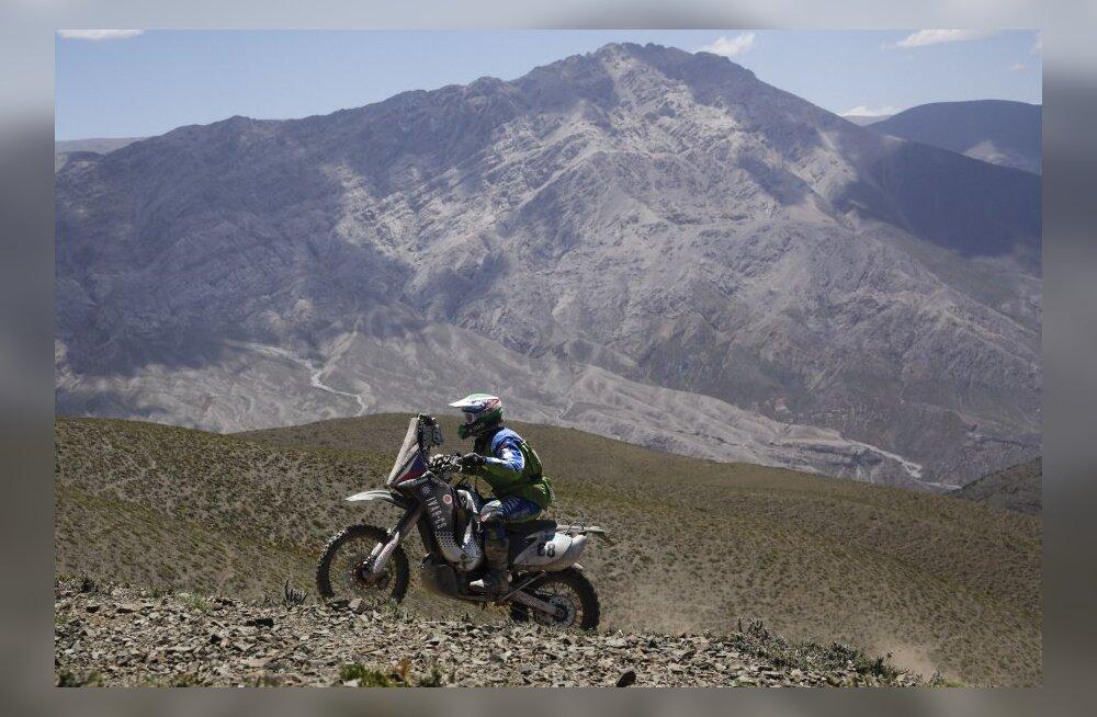 Toomas Triisa Dakari ralli neljanda etapi järel 28. kohal