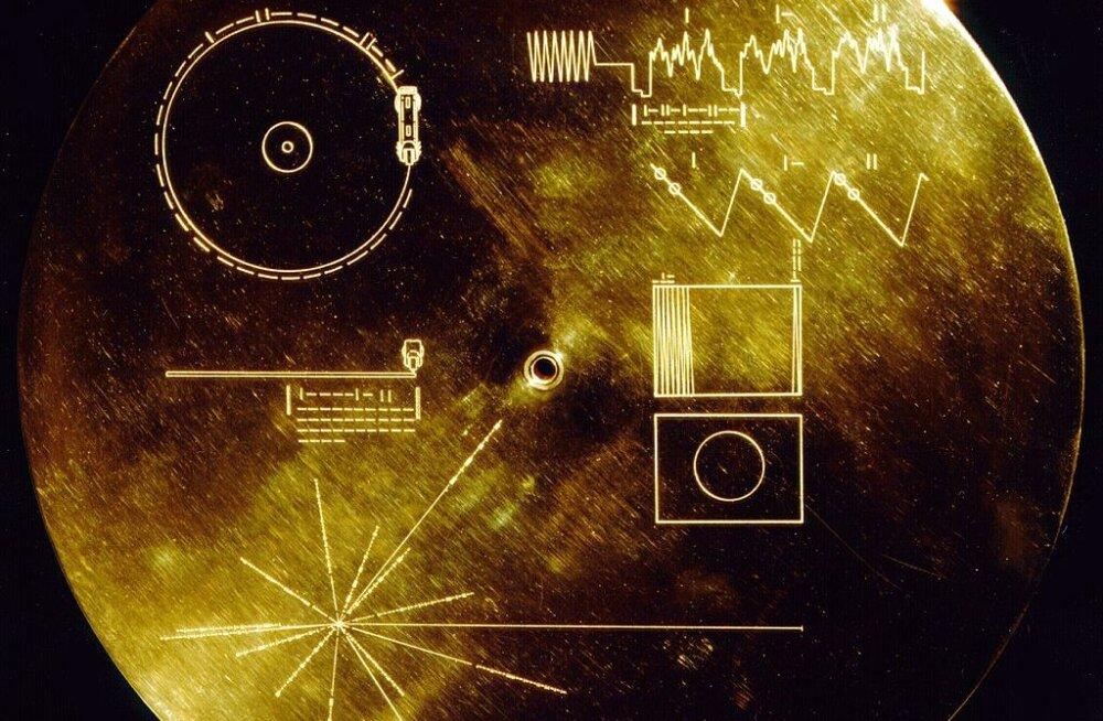 Voyageride lõputule kosmoselennule kaasa pandud kuldplaadil on juba kuulajaid
